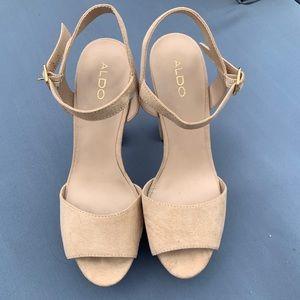 Size 7 Aldo chunky open toe heels.